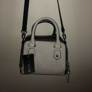 Steve madden blue and creme bag